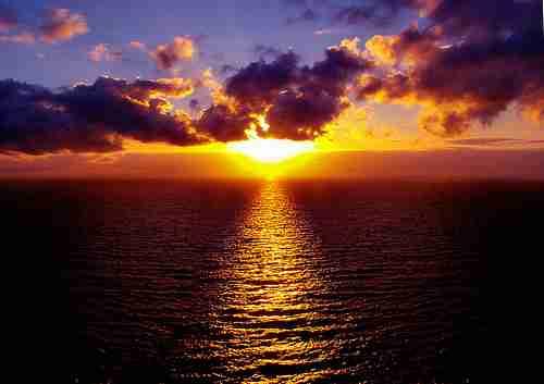 Υπέροχο ηλιοβασίλεμα