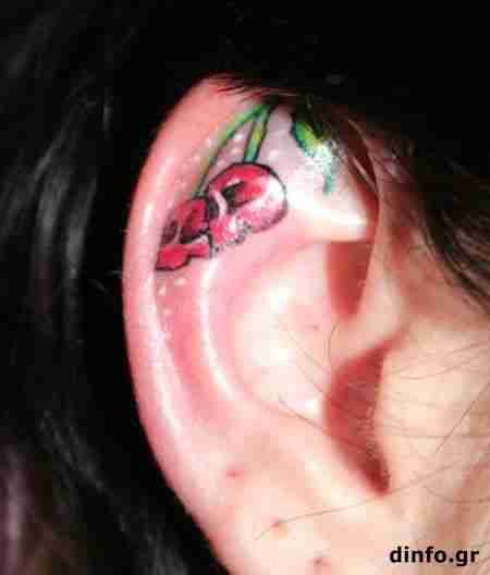 Παράξενα τατουάζ αυτιών