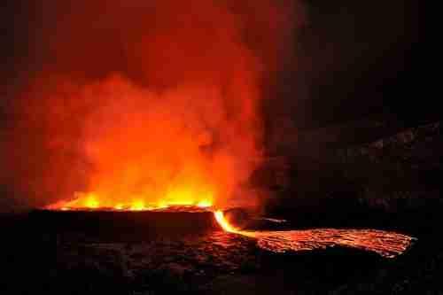 Εξωπραγματικό ηφαίστειο στην Αφρική