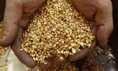 Μέσα σε ένα εργοστάσιο χρυσού