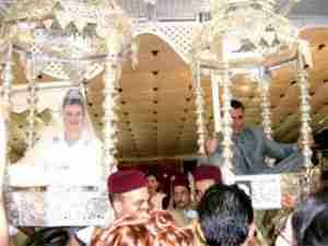 Οι πιο παράξενες γαμήλιες παραδόσεις