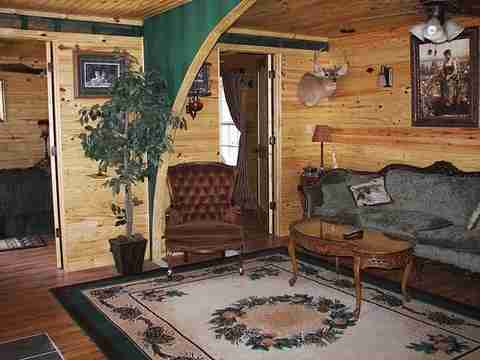 Σπίτι φτιαγμένο από δύο κοντέινερ!