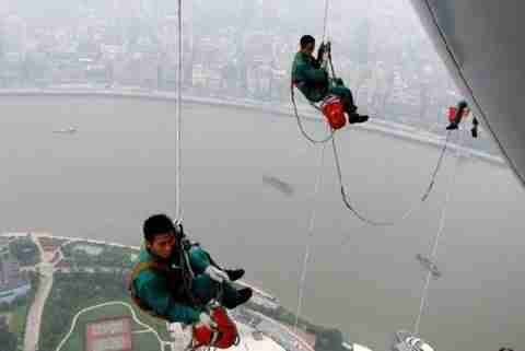 Η πιο επικίνδυνη δουλειά στον κόσμο