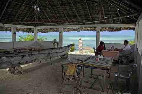 Ένα εστιατόριο στην μέση της θάλασσας