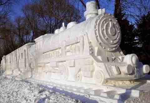 Γλυπτά από χιόνι