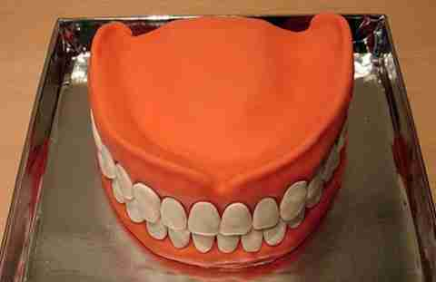 prwtotypes tourtes 24 Πρωτότυπες τούρτες και γλυκά!!