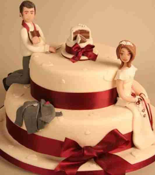 prwtotypes tourtes 6 Πρωτότυπες τούρτες και γλυκά!!