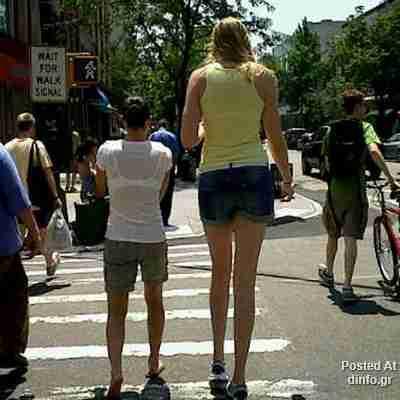 Πολύ ψηλές.. γυναίκες!!