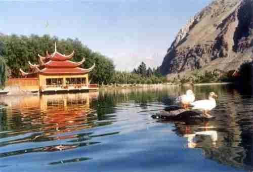 Λίμνη Shangrila, ο Παράδεισος στην Γη