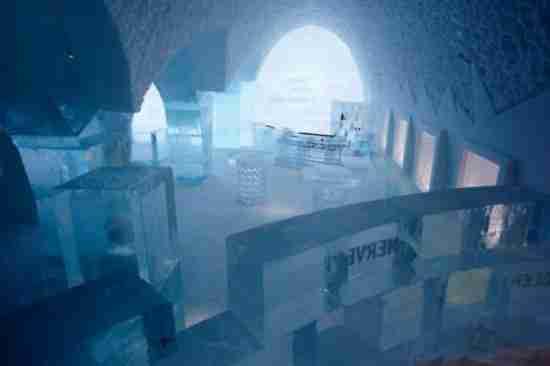 Το μεγαλύτερο ξενοδοχείο από πάγο height=366