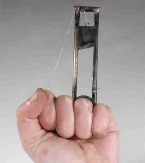 26 παράξενα δαχτυλίδια