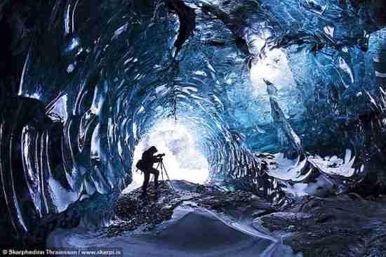 Το Μαγικό Σπήλαιο Πάγων του πάρκου Skaftafell