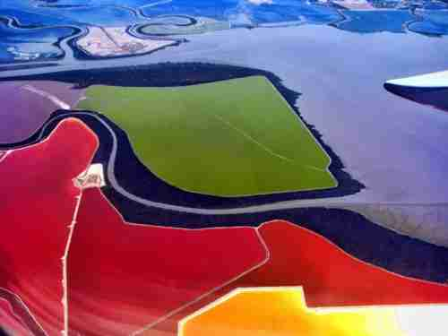 Οι πολύχρωμες λίμνες του Σαν Φρανσίσκο
