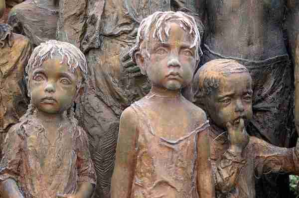 Τα παιδιά του Lidice επέστρεψαν σπίτι τους