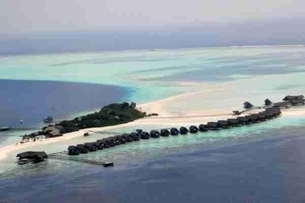 Ένα ξενοδοχείο πάνω σε βάρκες, στις Μαλδίβες