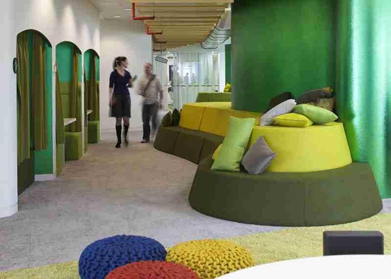 Τα εντυπωσιακά καινούργια γραφεία της Google στο Λονδίνο