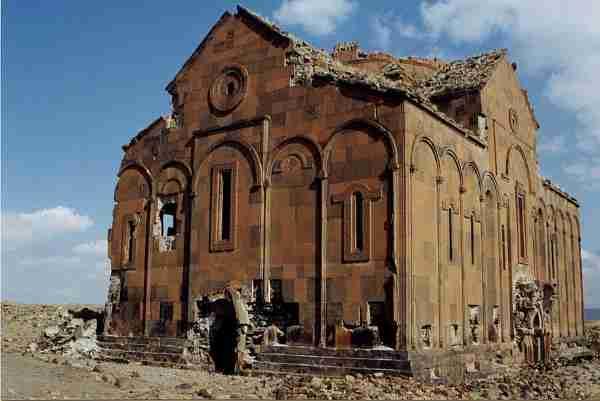 Η πόλη με τις χίλιες και μία εκκλησίες