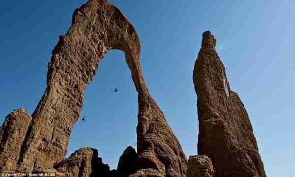 Παράξενοι βράχωδεις σχηματισμοί στην έρημο Ennedi