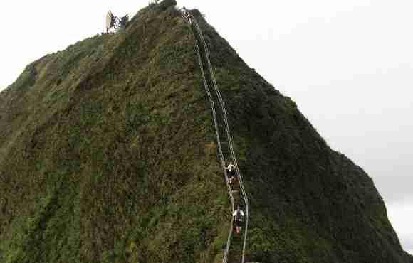 Haiku Stairs,  3.922 σκαλοπάτια για τον παράδεισο