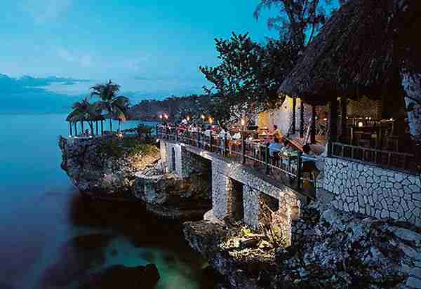 Rockhouse Hotel, ένα ξενοδοχείο πάνω σε βράχους