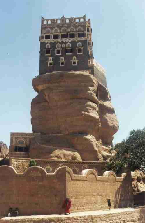 Dar al-Hajar, ένα παλάτι σκαρφαλωμένο σε βράχο