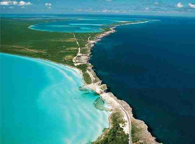 Eleuthera, το νησί που ενώνει δυο θάλασσες