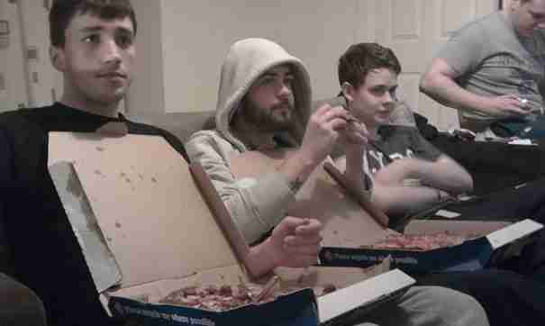 Pizza Box Bib When Eating Your Pizza