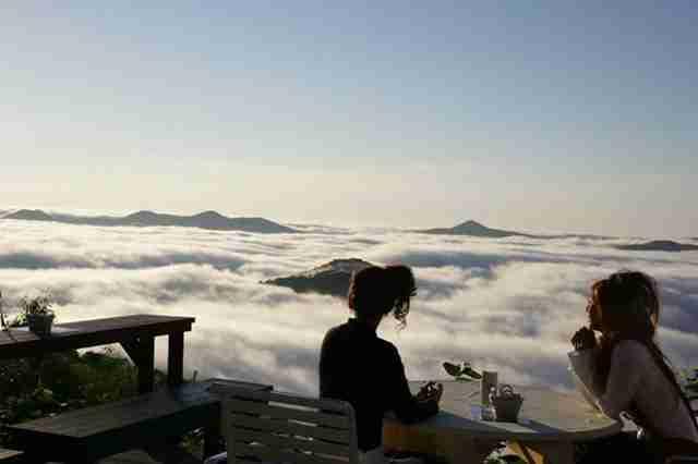 Unkai Terrace, καφεδάκι πάνω από τα σύννεφα