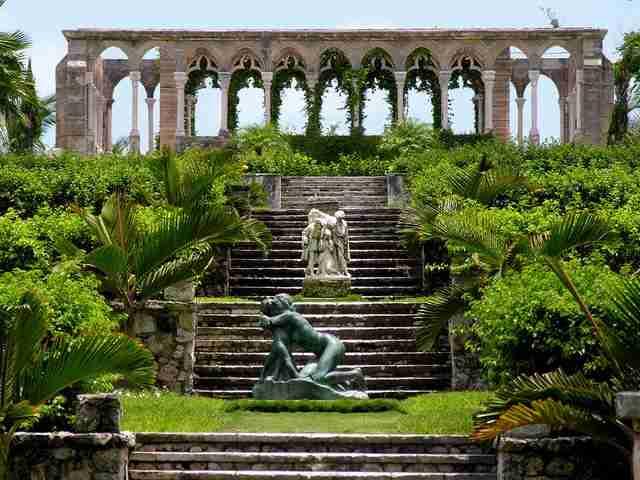 Οι εντυπωσιακοί κήποι των Βερσαλλιών