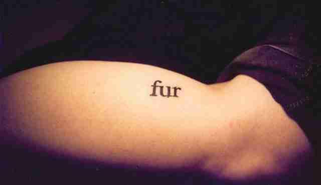 Το διήγημα που έγινε Tattoo, λέξη προς λέξη σε 553 σώματα