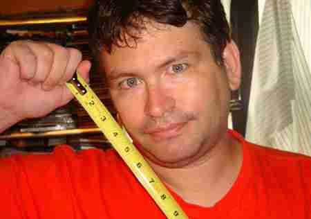 Το μεγαλύτερο πέος του κόσμου: 34,29 εκατοστά