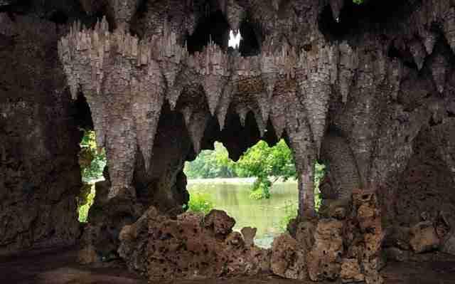Το παραμυθένιο σπήλαιο του Painshill Park