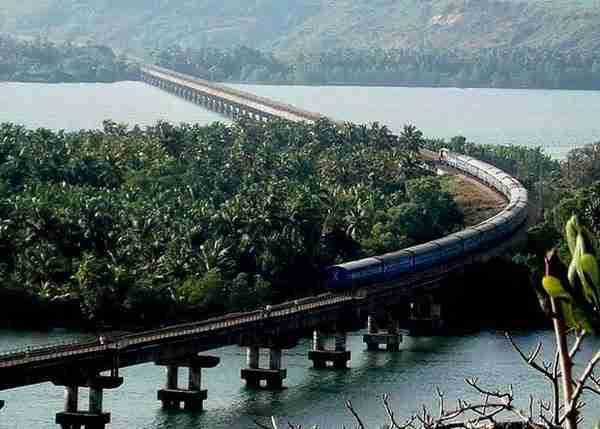 Konkan Railway, India2