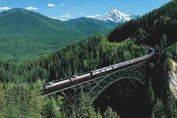 Rocky Mountaineer, Canada3