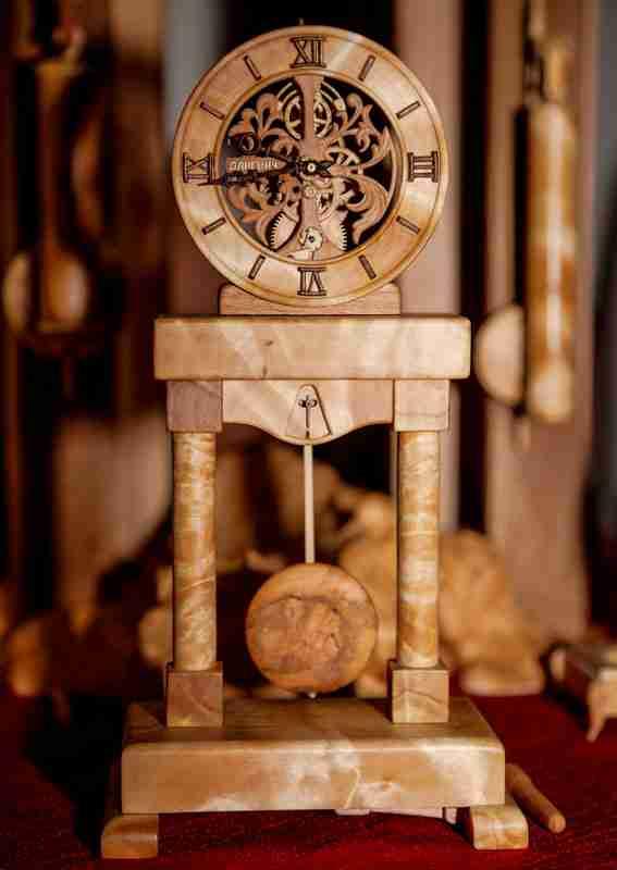 Απίθανα λειτουργικά ρολόγια από ξύλο!