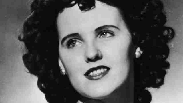 Η Μαύρη Ντάλια, 1947