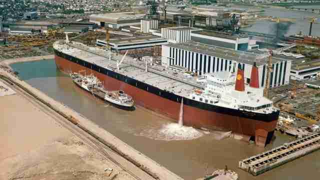 Τα 8 μεγαλύτερα πλοία που κατασκευάστηκαν ποτέ