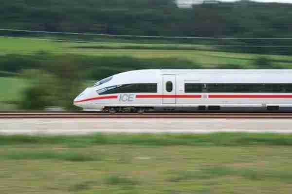dinfo.gr - Τα πιο γρήγορα τρένα του κόσμου