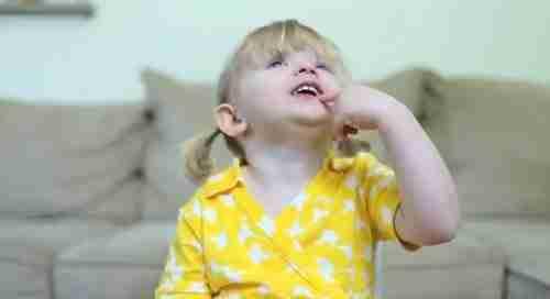 Το απίθανο μήνυμα μιας 2χρονης στη μαμά της