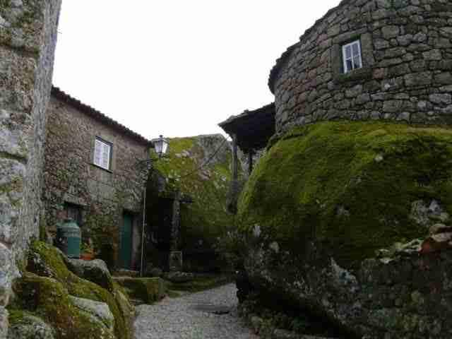 dinfo.gr - Εκεί που ο χρόνος σταματά: Τα 21 ωραιότερα χωριά της Ευρώπης