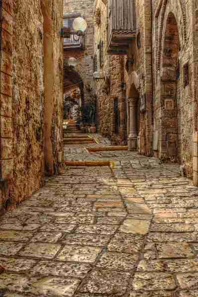 dinfo.gr - Οι 16 πιο γοητευτικές μεσαιωνικές πόλεις της Ευρώπης