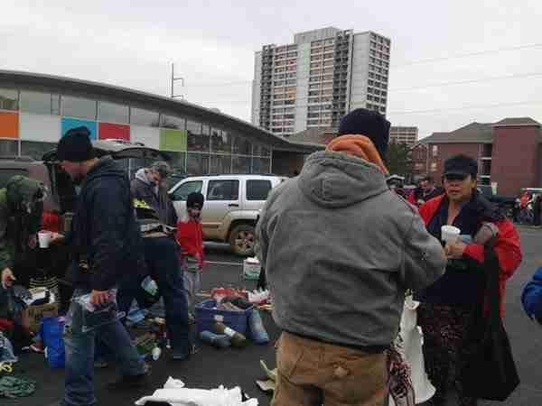 dinfo.gr - Ζώντας για λίγο σαν άστεγοι