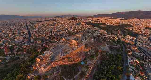 dinfo.gr - Ο κόσμος μας μέσα από τα μάτια ενός πουλιού
