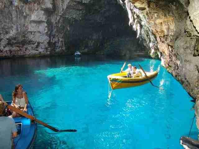 dinfo.gr - 16 από τα ωραιότερα σπήλαια στον κόσμο
