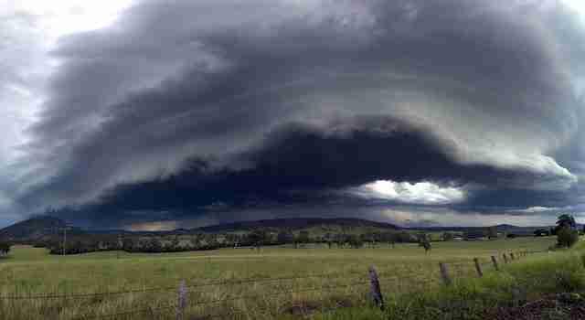 dinfo.gr - 21 τρομακτικά όμορφες φωτογραφίες καταιγίδων που πλησιάζουν
