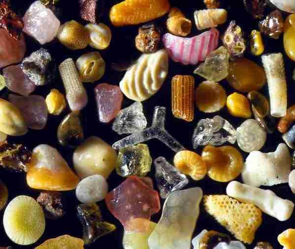 dinfo.gr - Έτσι μοιάζει η άμμος αν τη δείτε σε μεγέθυνση έως και 300 φορές