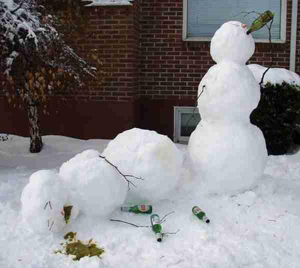 dinfo.gr - Οι 30 πιο αστείοι χιονάνθρωποι που έχουν φτιαχτεί ποτέ!