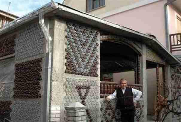 dinfo.gr - Η Ελλάδα θα μπορούσε να δώσει σπίτια σε όλους τους άστεγους αν το έκανε αυτό!