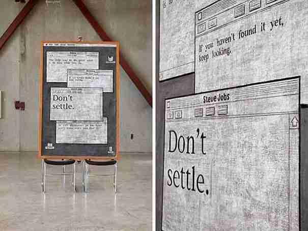 dinfo.gr - Κάθε εβδομάδα, 2 άγνωστοι φοιτητές τρυπώνουν σε μια τάξη και κάνουν κάτι που έχει αναστατώσει το Πανεπιστήμιο