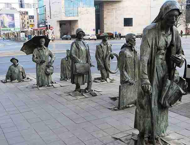 «Περαστικοί» , Βρότσλαβ, Πολωνία